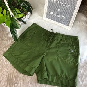 Ann Taylor LOFT Size 6 Green Cotton Shorts